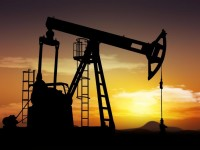 Arabia Saud�, al frente de una guerra petrolera al servicio de Estados Unidos